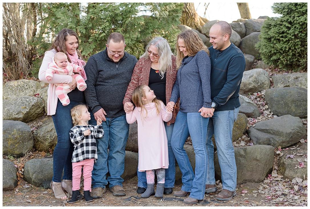 Burke Park Extended Family Session_0003.jpg