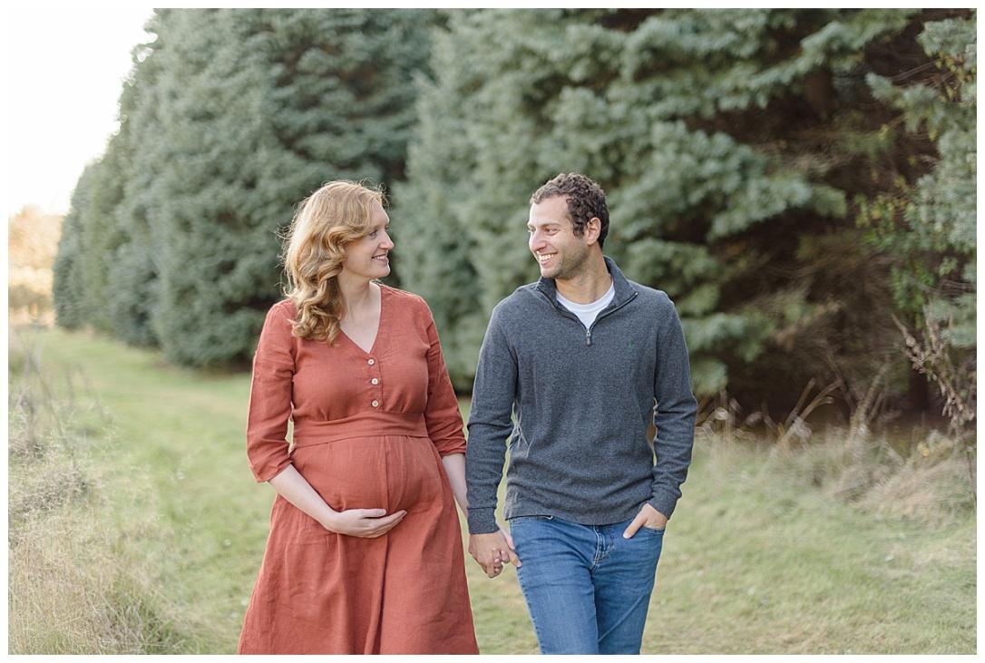 Ed Tallard Park Maternity Session_0015.jpg